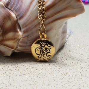 Vintage small locket circle flower necklace